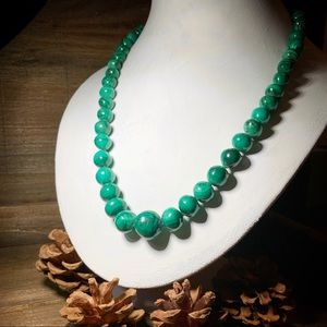Jewelry - 🔴 Must go! Green Malachite Bead Necklace